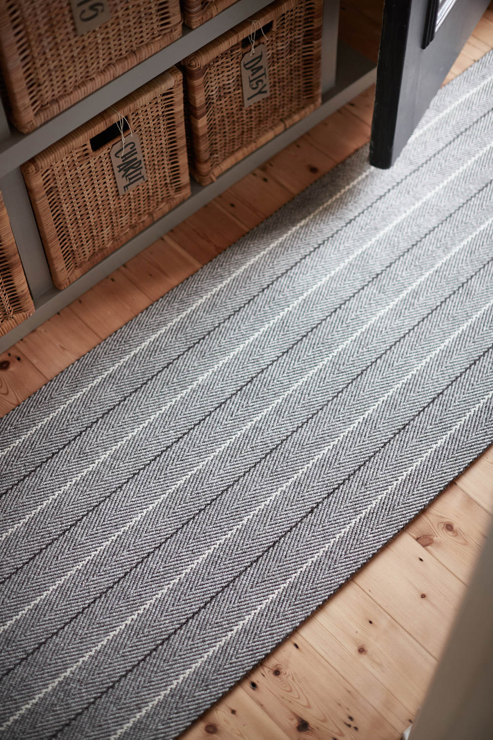 Shetland Dart Ground Light Grey